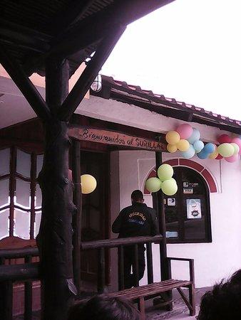 Salcedo, เอกวาดอร์: Ingreso a Restaurant y piscina