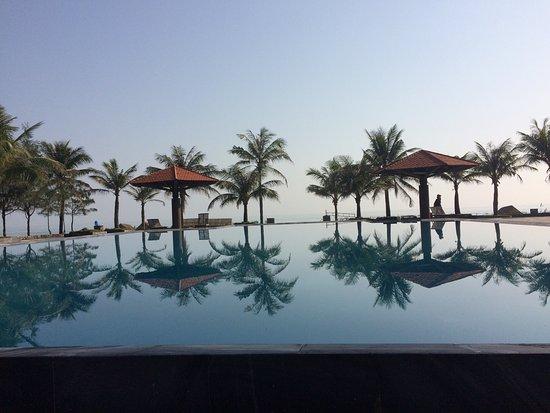 Lang Co Resort