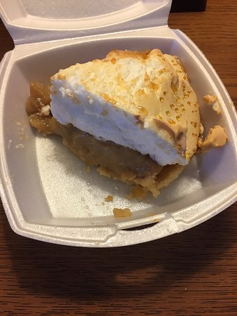 Parsons, Virginie-Occidentale : Peanut butter pie to go! Yum!
