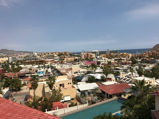 Portofino de Cabo Resort: Day view from the balcony of 3B