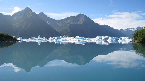 Liquid Adventures: Entrance to Bear Glacier