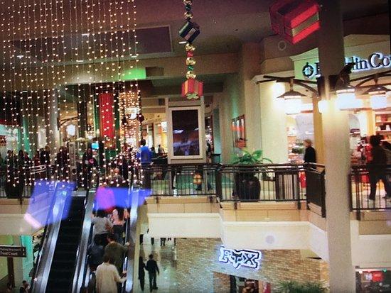Photo of Tourist Attraction Westfield Valley Fair Shopping Center at 2855 Stevens Creek Blvd, Santa Clara, CA 95050, United States
