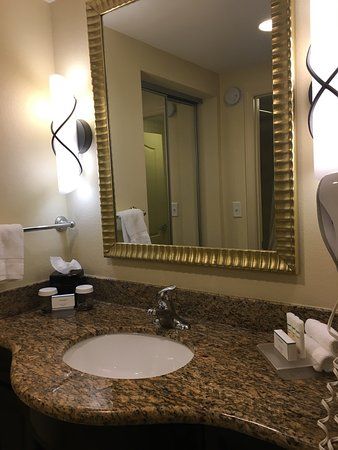 Homewood Suites by Hilton Lake Buena Vista-Orlando: Clean rooms/ Exceptional Staff