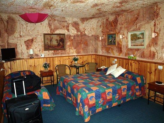 Coober Pedy, Australia: our room