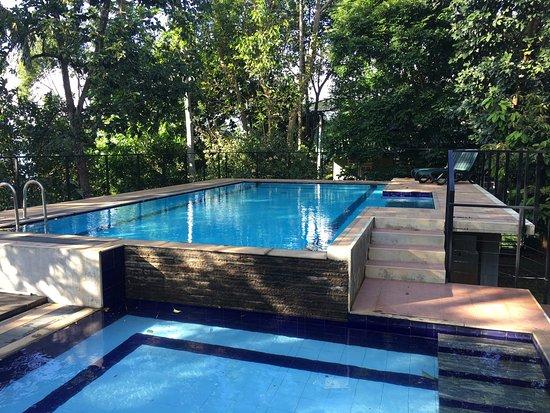 Belles chambres avis de voyageurs sur the spring villa for Show java pool size