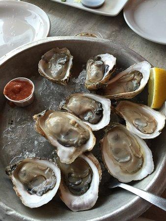 Stanley Bridge, Canada: Fresh oysters