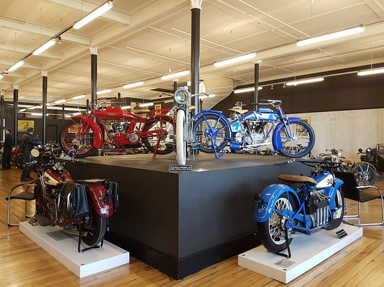Invercargill, New Zealand: Classic Motorcycle Mecca