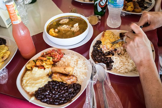 Villarreal, Costa Rica: excellent wholesome food made by locals