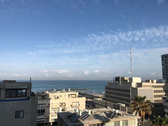 Metropolitan Hotel: View from room and 2 blocks from the sea