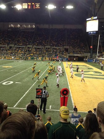 Fargodome: NDSU about to score