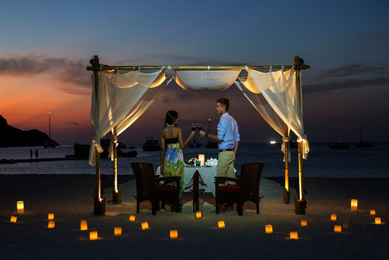 The Racha: Ultimate Dining on The Beach