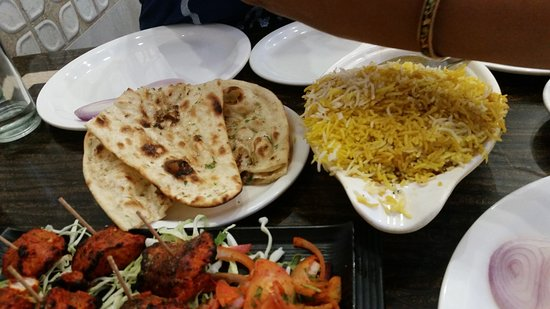 Great Sagar Restaurant: NAAN & BIRYANI