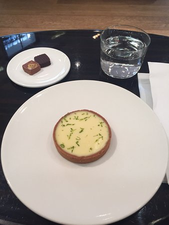 Photo of French Restaurant La Chocolaterie de Jacques Genin at 133 Rue De Turenne, Paris 75003, France