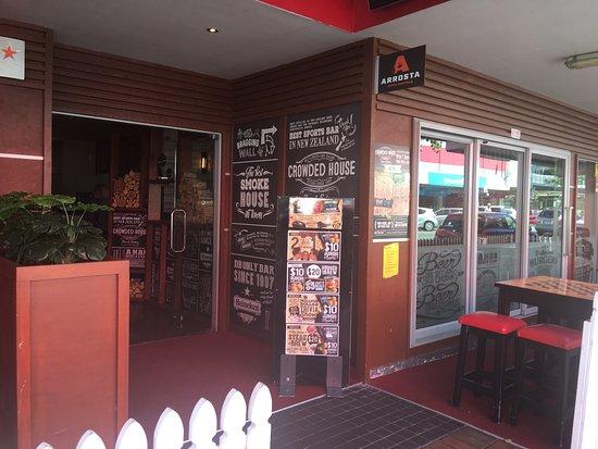 Crowded House Bar & Cafe: photo7.jpg