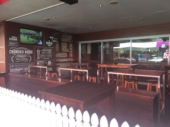 Crowded House Bar & Cafe: photo8.jpg