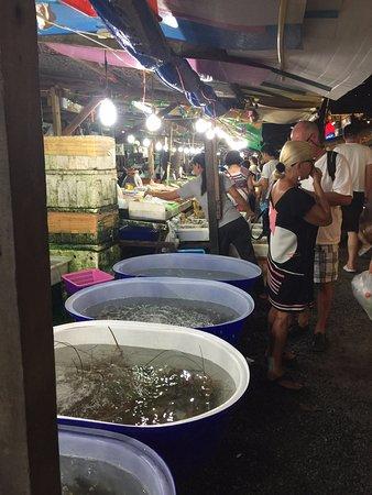 Rawai, Thailand: 해산물시장