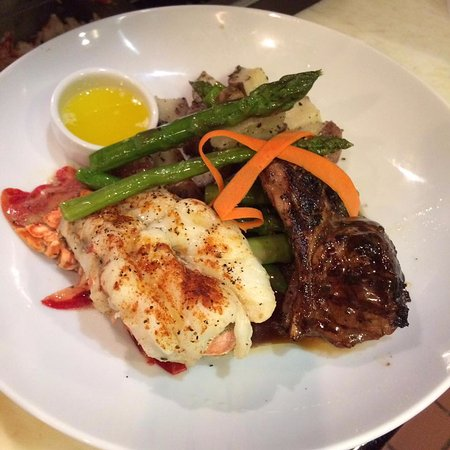 Morristown, Нью-Джерси: Lobster Tail and Lamb Chop Combo
