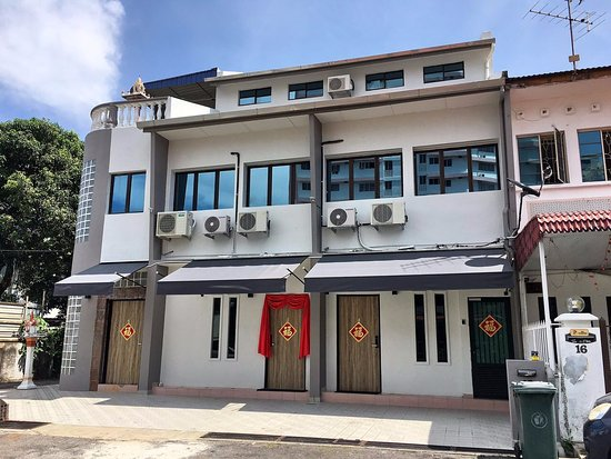 Gurney suite georgetown lodge reviews george town malaysia tripadvisor for Gurney hotel penang swimming pool