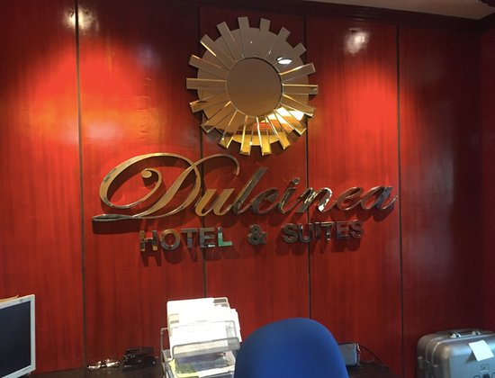 Dulcinea Hotel and Suites: ホテルフロント