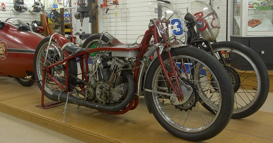 Invercargill, New Zealand: ORIGINAL 'World's Fastest Indian' 1920 Indian Scout on display in E Hayes showroom
