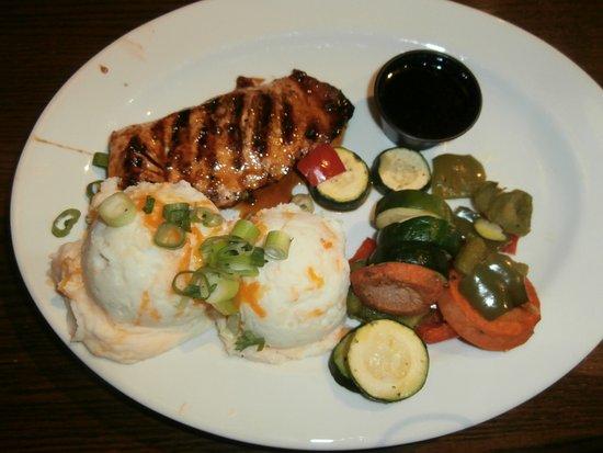 TGI Friday's: salmone