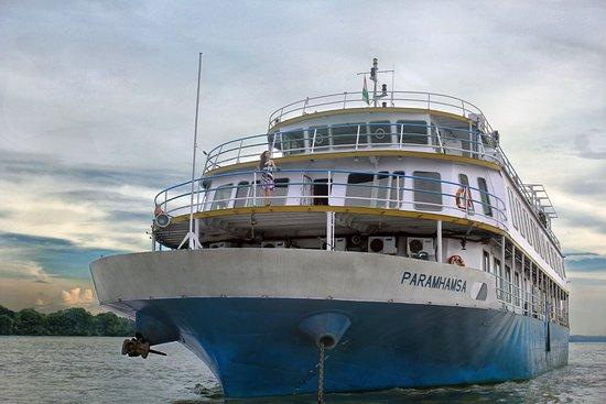 Vivada Cruises