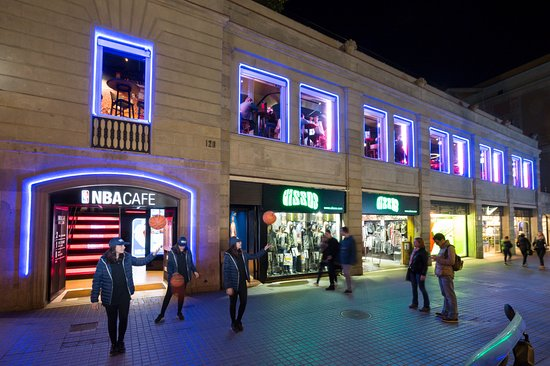 Home Sweet Home Picture Of Nba Cafe Barcelona Barcelona