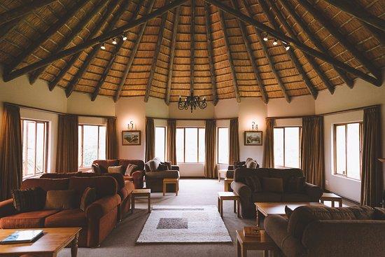 uKhahlamba-Drakensberg Park, África do Sul: The main guests' lounge