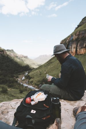 uKhahlamba-Drakensberg Park, Sudáfrica: Picnic lunch on a beautiful day hike - Tugela Gorge - Royal Natal National Park