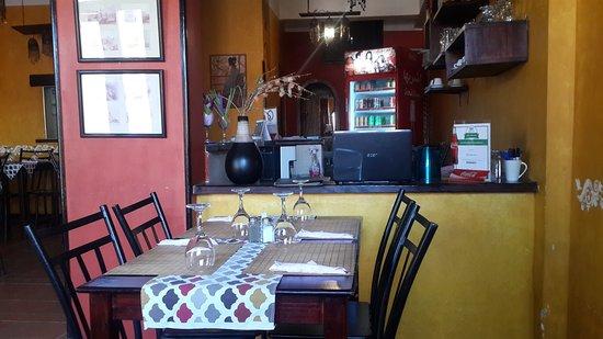 Pizza Roma-it: Restaurant interior