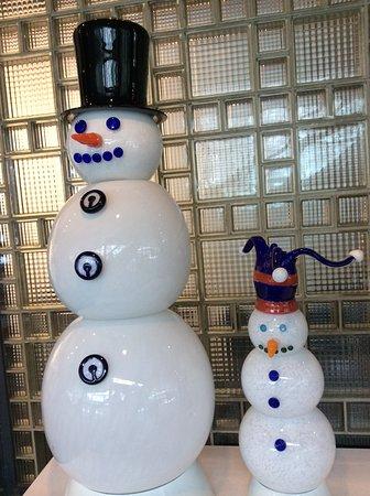 Corning, NY: Snowmen