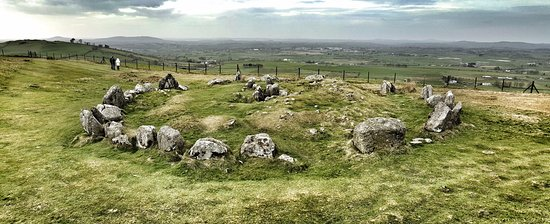 Oldcastle, Irlanda: Views from Loughcrew Megalithic Cairn