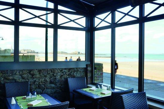 Restaurant Antinea: restaurant vue sur mer