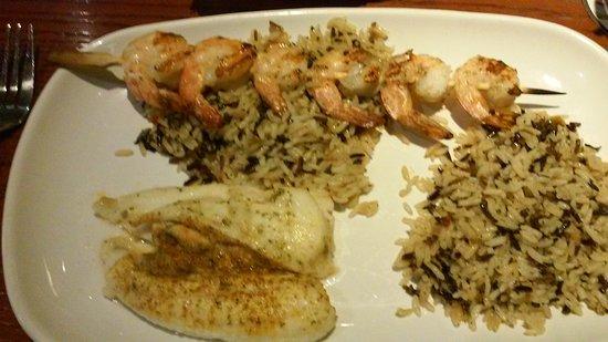 ไวโอมิสซิง, เพนซิลเวเนีย: stuffed flounder/ grilled shrimp