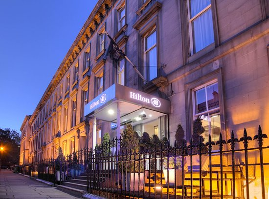 Hilton Edinburgh Grosvenor: Main entrance