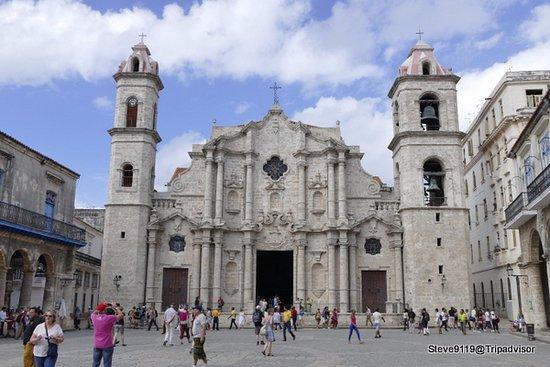 Plaza de la Catedral - Picture of Plaza de la Catedral, Havana - TripAdvisor
