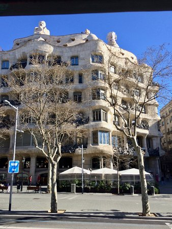 Barcelona City Tour : Gaudi's Residence