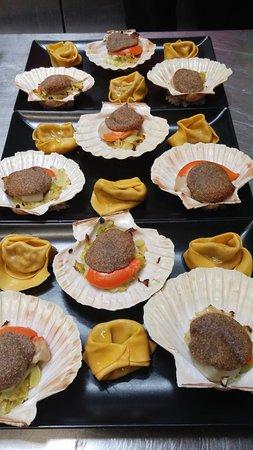 Caussade, France: noix de st jacques, poireaux et noisette