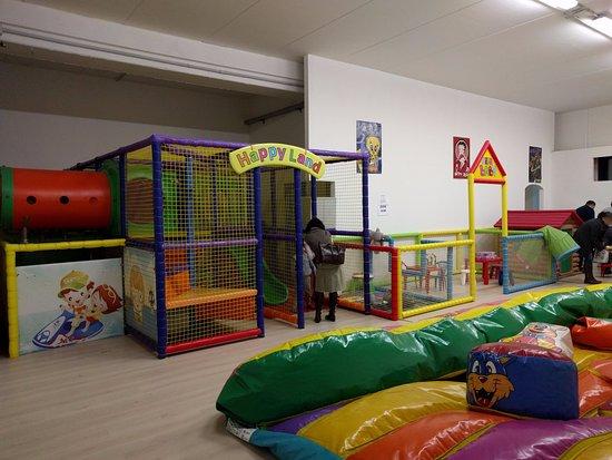San Lorenzo di Trevi, Italy: Area gioco per bambini