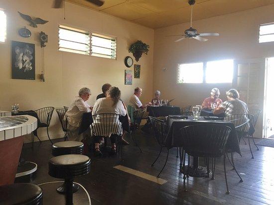 Hanapepe, هاواي: El Azteca Dining Room - Hanapepe HI