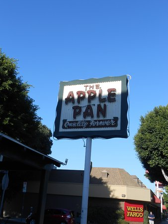 Photo of American Restaurant Apple Pan at 10801 W Pico Blvd, Los Angeles, CA 90064, United States