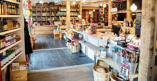 Rimouski, Canada : Inspirations et plaisirs gourmands, venez prendre place au comptoir.