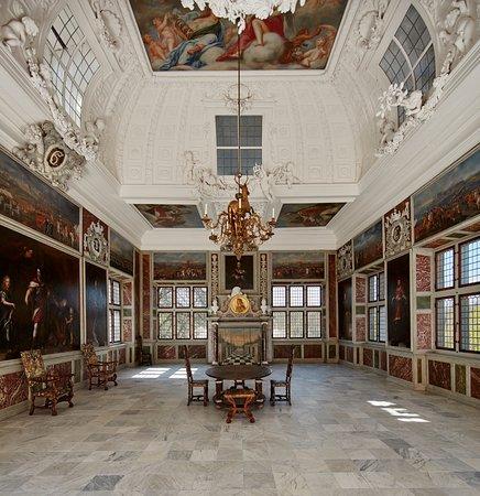 da265919db7 Det Nationalhistoriske Museum: Audienssalen / The Audience Chamber