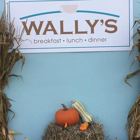 Surf City, NJ: Wally's in the fall of 2016