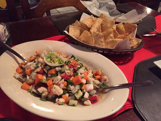 Hurricanes Ceviche Bar & Grill: photo0.jpg