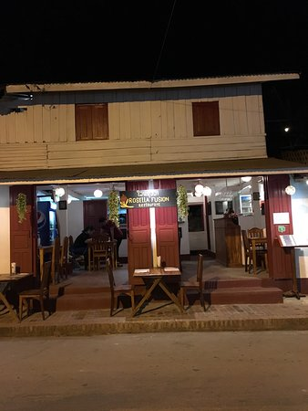 Rosella Fusion Restaurant: photo1.jpg
