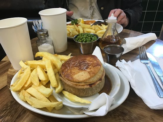 The Cafe Royal: steak and gravy pie