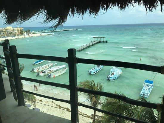 El Taj Oceanfront & Beachside Condos Hotel: Balcon
