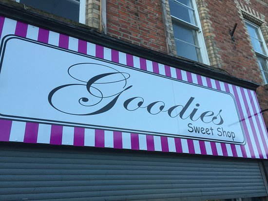 Portadown, UK: Goodies Traditional Sweet Shop