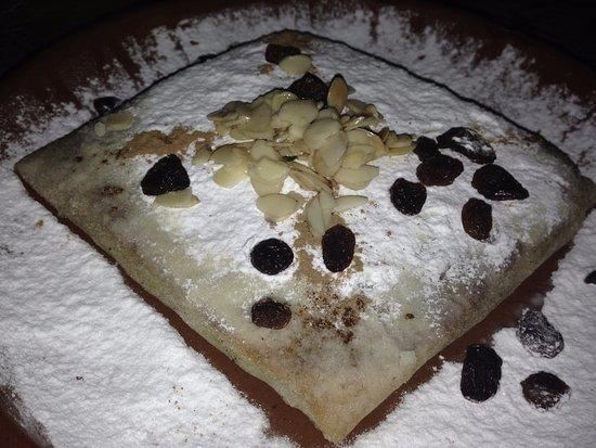 Pastela de pollo picture of la cocina del desierto for La cocina del desierto madrid